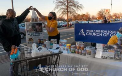 The Church of God in Newport News Hosts a Food Drive During the Pandemic